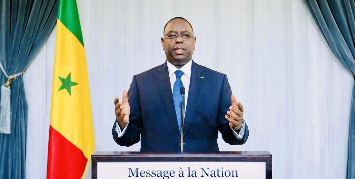 Sénégal: levée de l'état d'urgence et réouverture des frontières aériennes