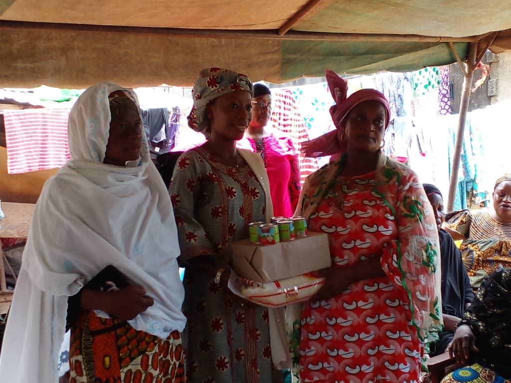 Mois de Ramadan/ Elan de Solidarité: SYNERGIE ADO offre du riz, du sucre et du lait aux femmes d'Abobo-Belleville