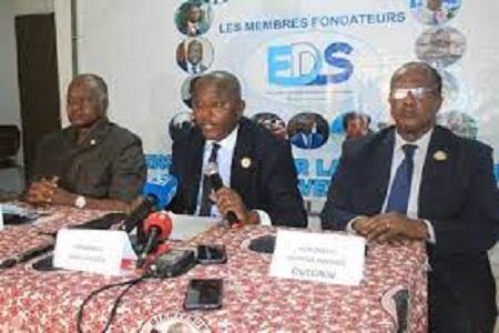 Côte d'Ivoire : EDS, Parlement ivoirien dénonce une loi comprenant l'ingérence de Paris dans la gestion de l'Eco