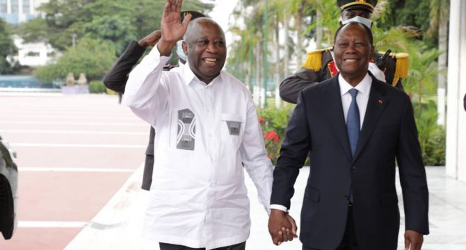 Abidjan : Rencontre effective des présidents Laurent et Alassane
