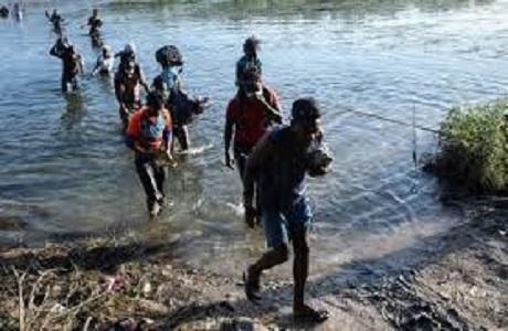États-Unis : Départ des migrants Haïtiens de la frontière américano-mexicaine